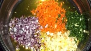 Cipolla carota sedano olio extravergine di oliva