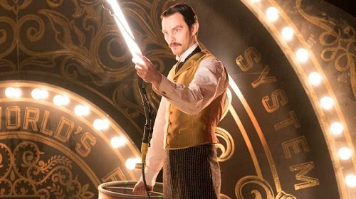 Nicholas Hoult è Nikola Tesla