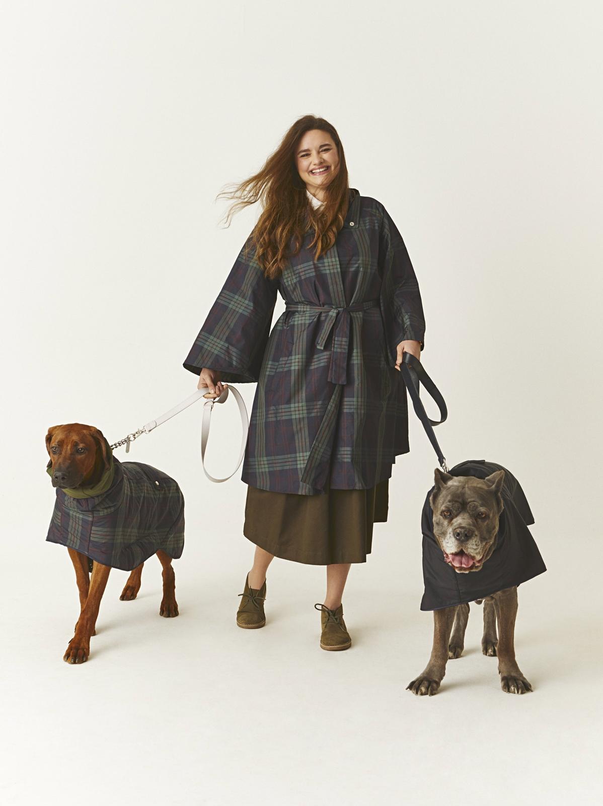 Chiara con Nelson e Greta Dog à porter