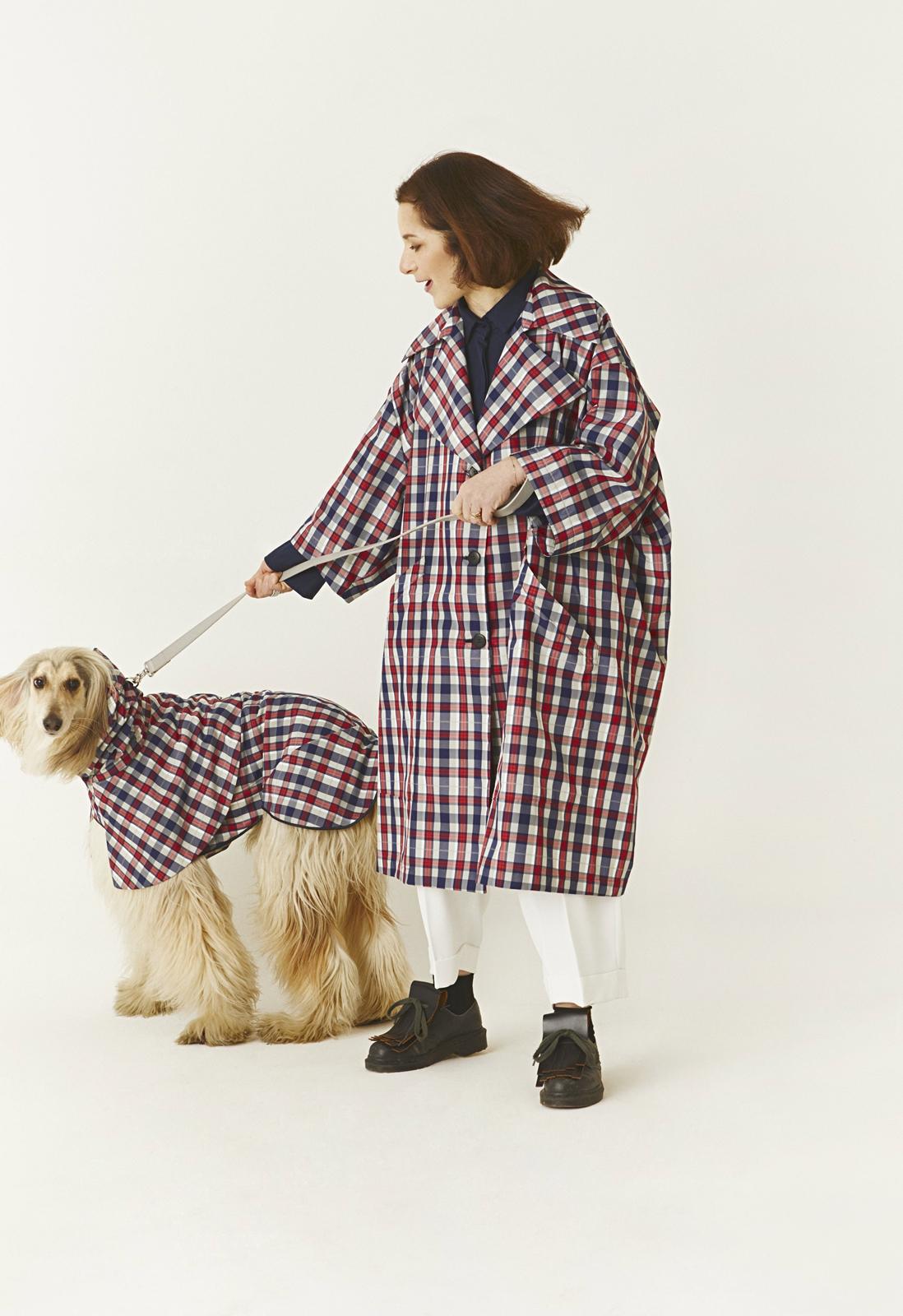 Cristina con Lucky Dog à porter