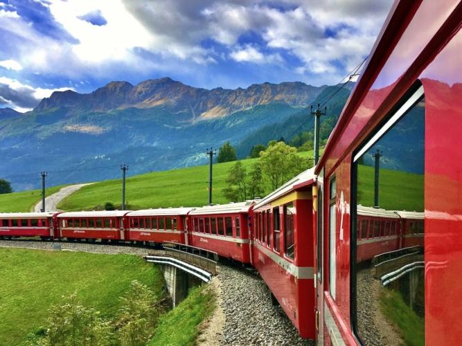 Trenino-rosso-del-Bernina-ph-Francesco-Rasero-eHabitat-IMG_E6712bis-667x500.jpg