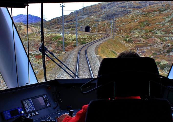 Trenino-rosso-del-Bernina-ph-Francesco-Rasero-eHabitat-_MG_7591-708x500.jpg