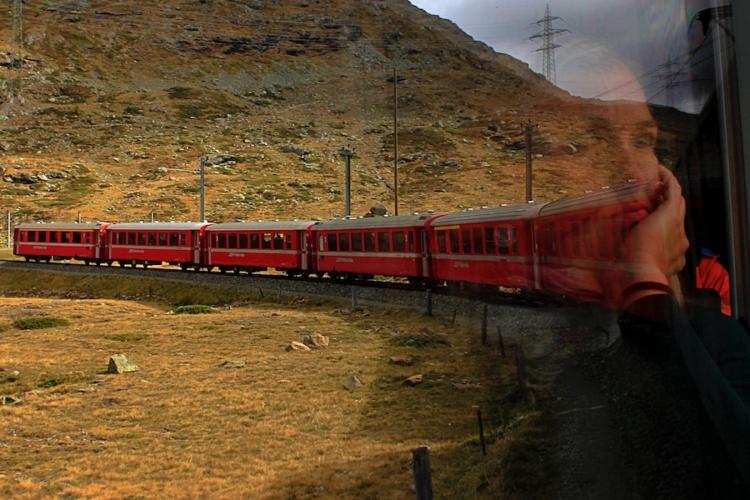 Trenino-rosso-del-Bernina-ph-Francesco-Rasero-eHabitat-_MG_7654-750x500.jpg