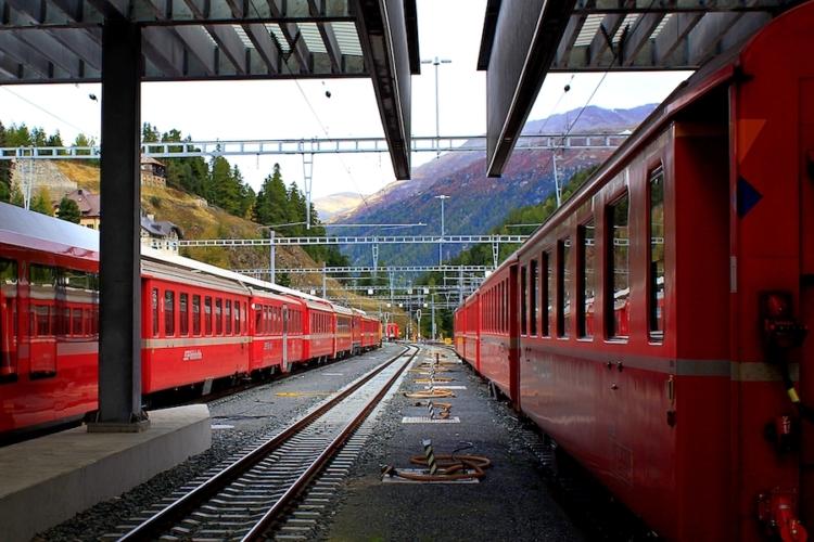 Trenino-rosso-del-Bernina-ph-Francesco-Rasero-eHabitat-_MG_7671-750x500.jpg