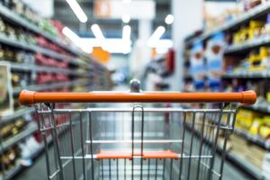 Spesa negozio alimentari corsia