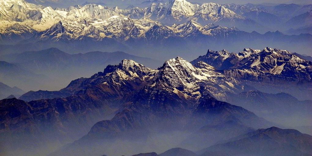 Giornata internazionale della Montagna Himalaya_sud_avion_foto Royonx Wikimedia Commons