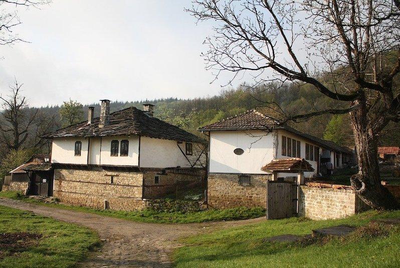 Turismo in Bulgaria: il villaggio rurale di Bozhentsi