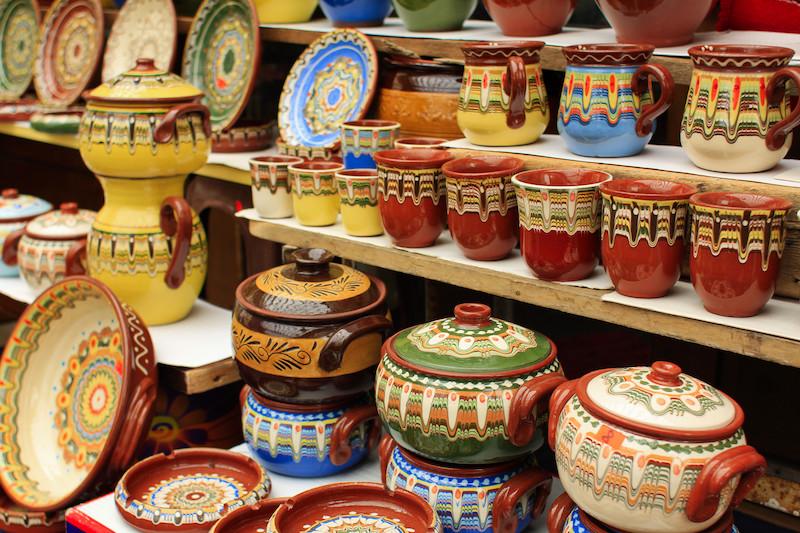 Turismo in Bulgaria: ceramiche tradizionali (foto di Francesco Rasero)