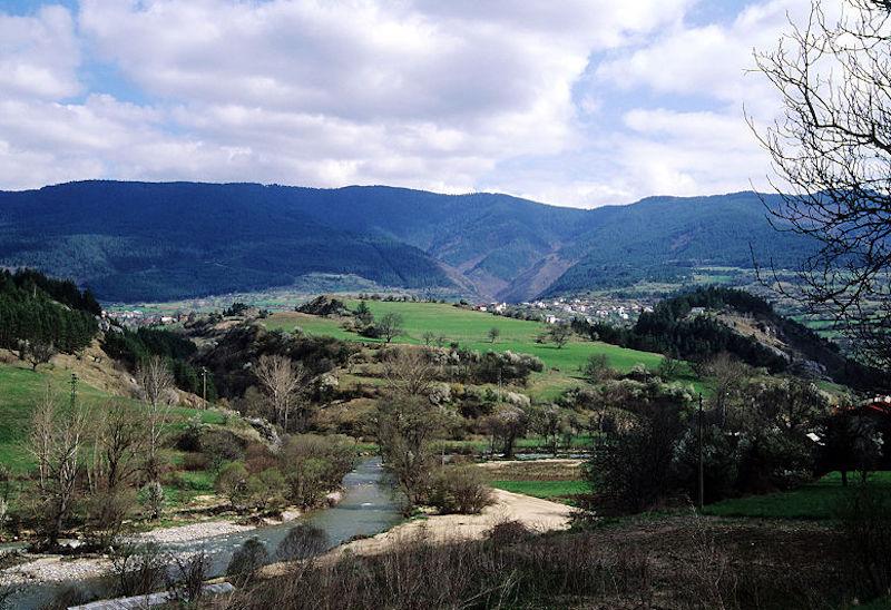Turismo in Bulgaria: il villaggio di Hvoina, nei monti Rodopi (foto di Jeroen Kransen)