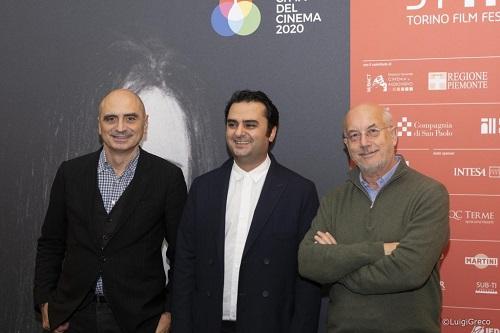 Il regista Milad Tangshir (al centro) assieme a Davide Ferrario (a destra) e Paolo Manera (a sinistra)