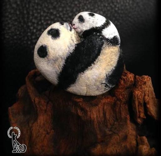 akie-nakata-panda-514x500.jpg
