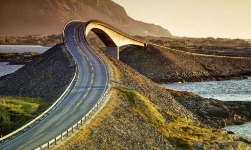 Atlantic Ocean Road - Atlanterhavsveien Atlantic Road