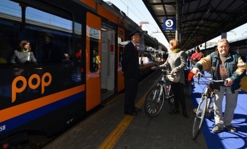 """Nellambito del festival Cosmobike di Verona si promuove un modello di mobilità e turismo sostenibile. Fonte foto: pagina FB """"CosmoBike Show Verona"""""""