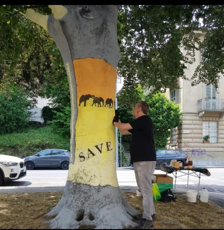 """Osvaldo Neirotti. """"L'uomo che dipinge gli alberi"""""""