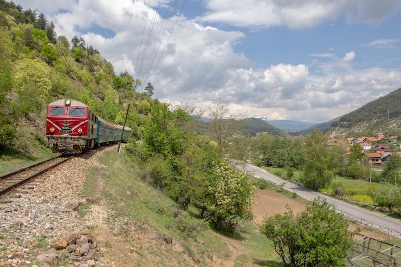 Treno-Bulgaria2.jpg