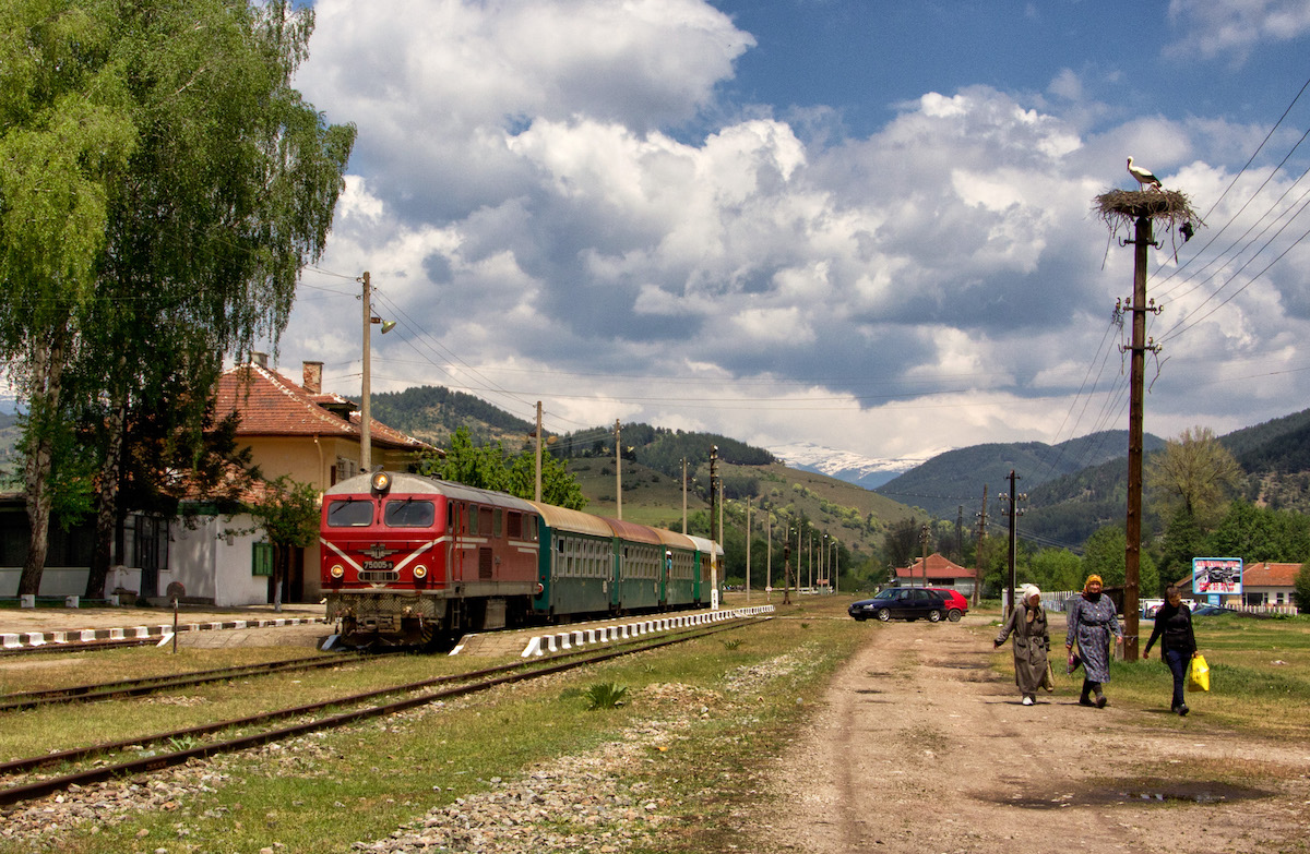 Treno-Bulgaria6.jpg
