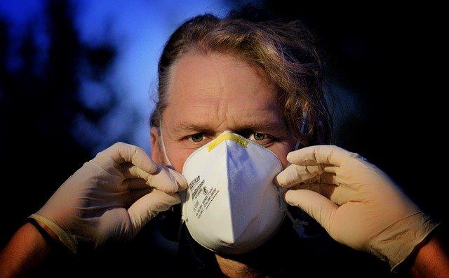Covid-19 e inquinamento maschera