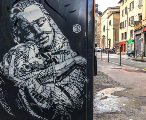Festa-della-Mamma-murales-C215-609x500.jpg