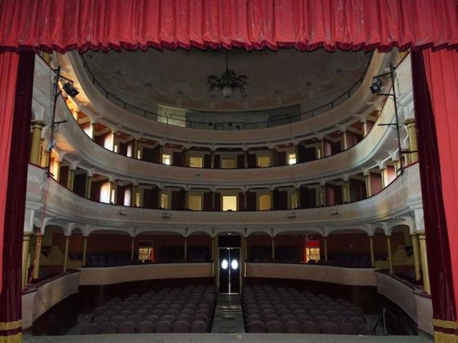 Cinema-e-teatri-abbandonati-Modenese-667x500.jpg