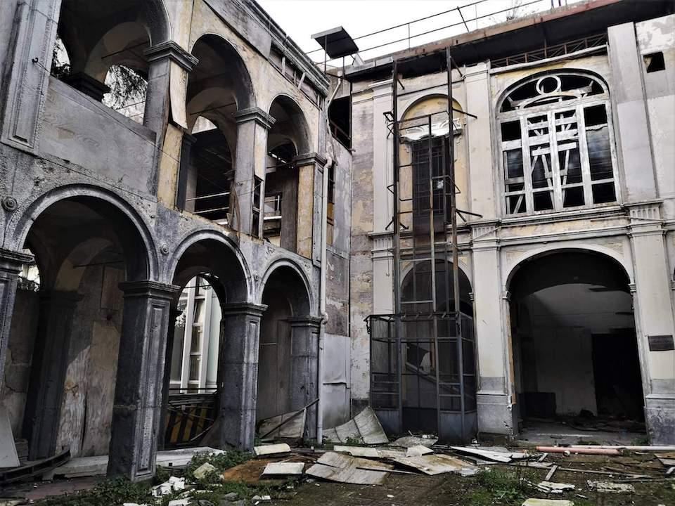 Cinema e teatri abbandonati: il set della serie tv 'La Squadra' (foto di Lorenzo Jedermann)