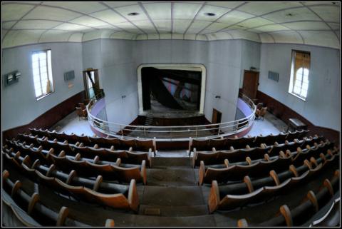 Cinema e teatri abbandonati