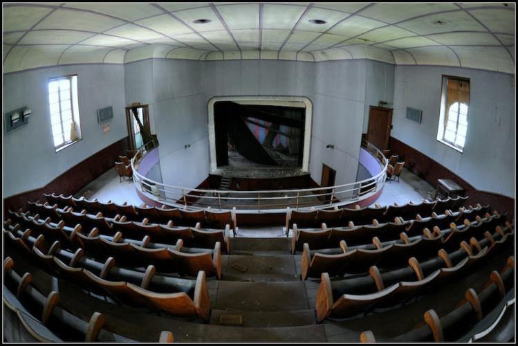 Cinema-e-teatri-abbandonati-Piemonte-749x500.jpg