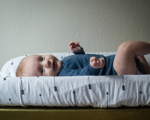 elimination communication fasciatoio pannolino neonato