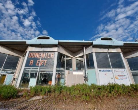 centri commerciali abbandonati marche foto alessandro tesei