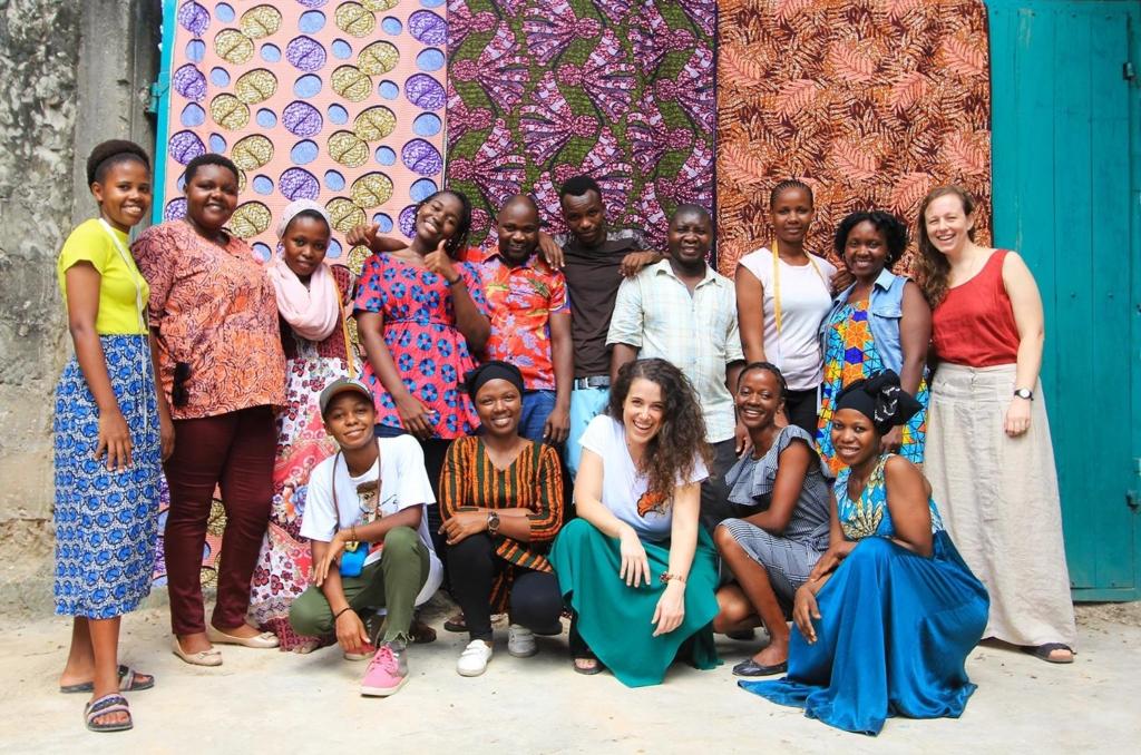 sarti e sarte tanzaniani di Endelea