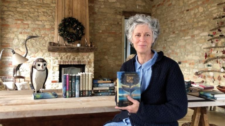 """La saga di Fairy Oak ritorna nelle librerie con il nuovo libro di Elisabetta Gnone """"La storia perduta"""""""