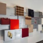 La Textile Library del Museo del Tessuto