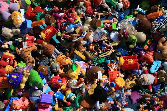 giocattoli di plastica nocivi per i bambini