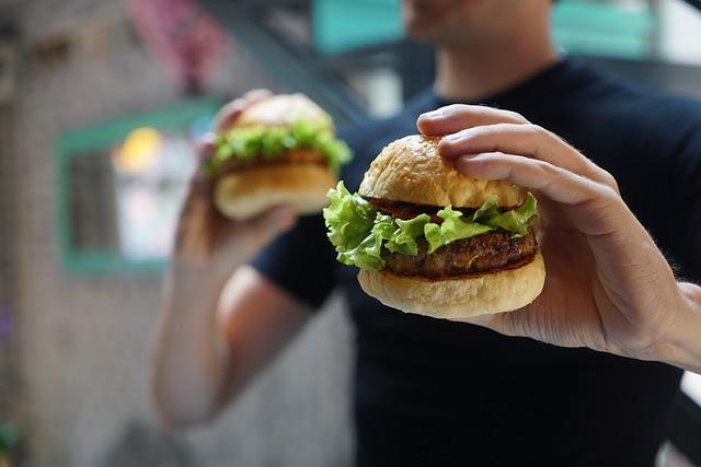 costi nascosti della carne hamburger