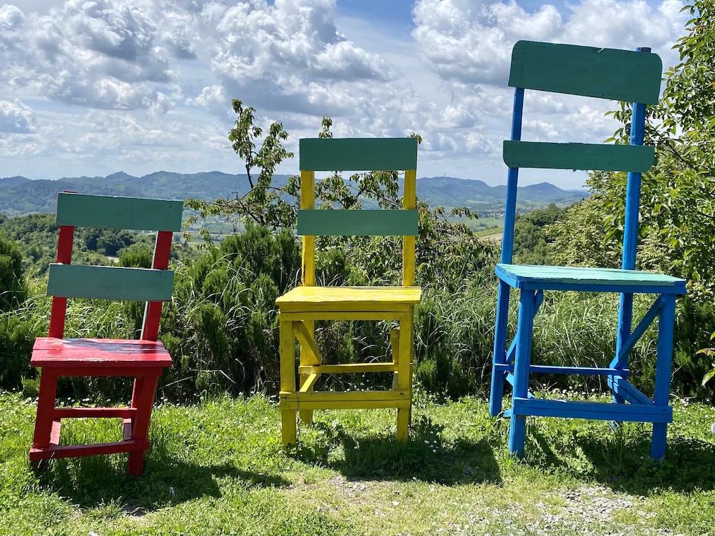 cantavenna-monferrato-big-chair.jpeg