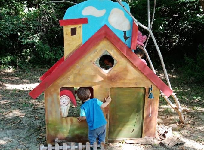 piemonte-con-bambini-bosco-fatato-casetta-678x500.jpg