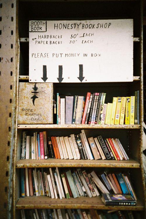 Honesty Bookshop Galles