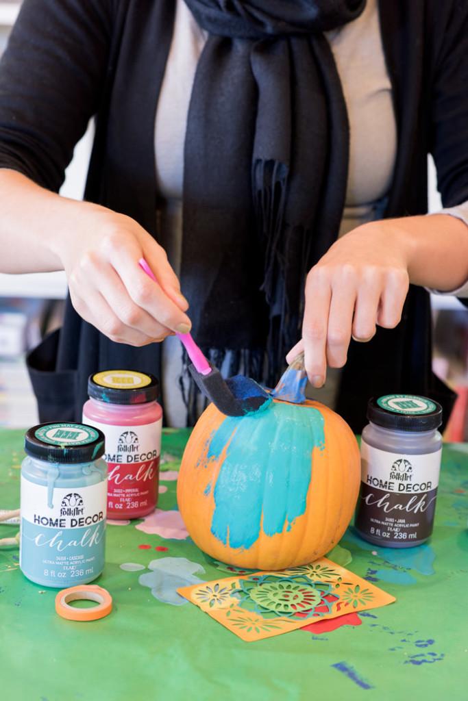 5-painted-mini-pumpkins