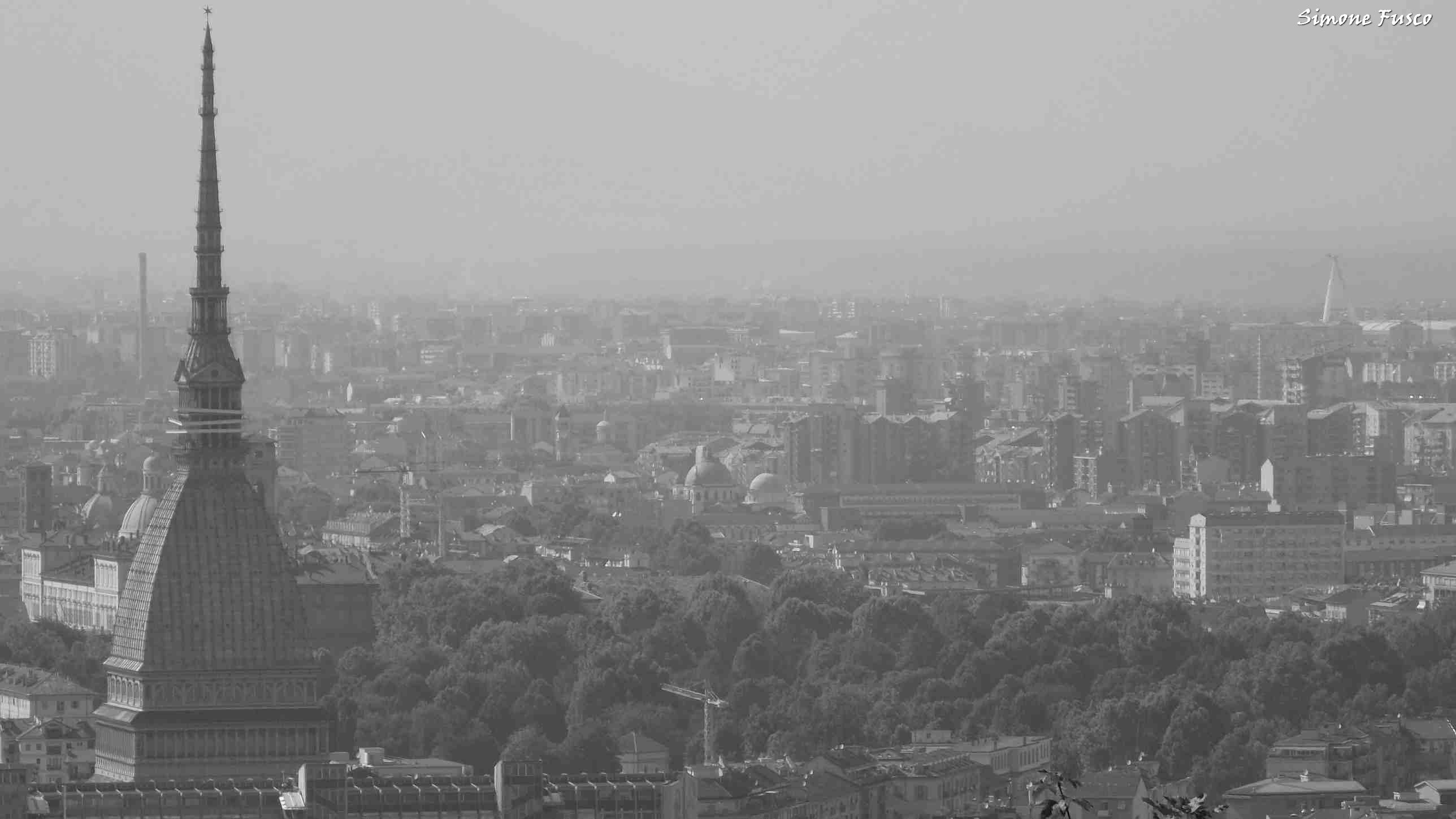Torino grigia - foto di Simone Fusco
