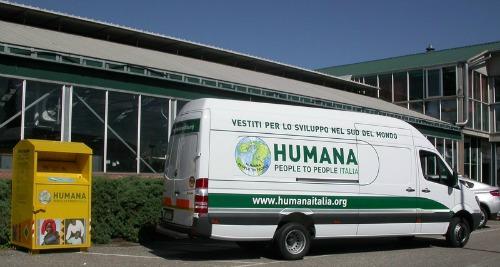 Humana_cassonetto