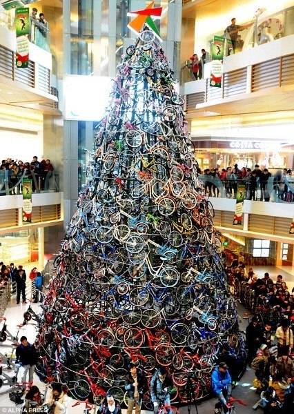 bicycle christmas tree cina cover