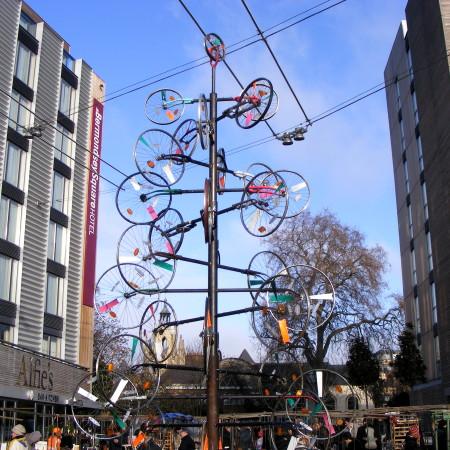 bicycle christmas tree londra