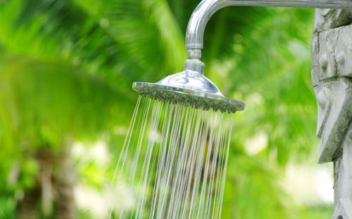 doccia+esterno