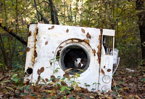 Elettrodomestico abbandonato