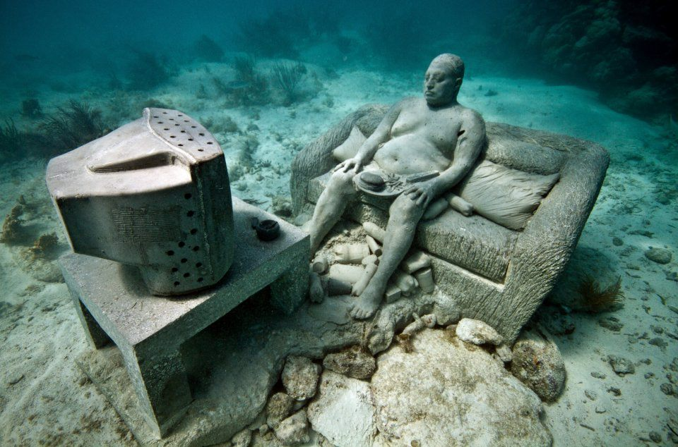 inertia-001-jason-decaires-taylor-sculpture