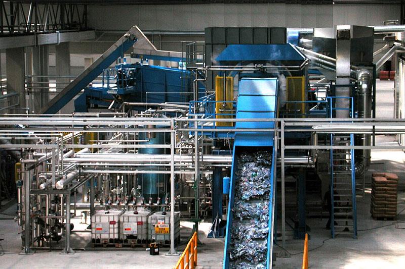 impianto di riciclo della plastica