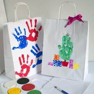 pacchi decorati dai bambini